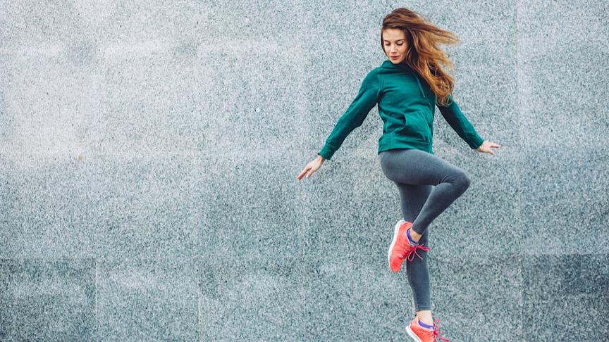 Fitness sport girl in fashion sportswear