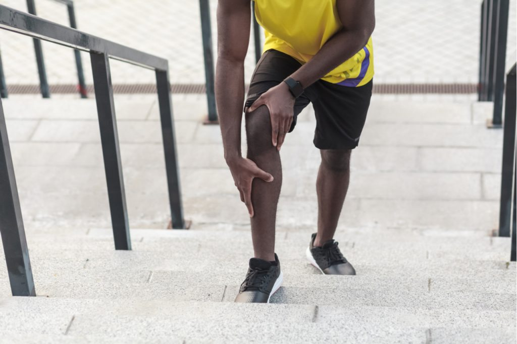 Problems with joints in athletes after jogging.