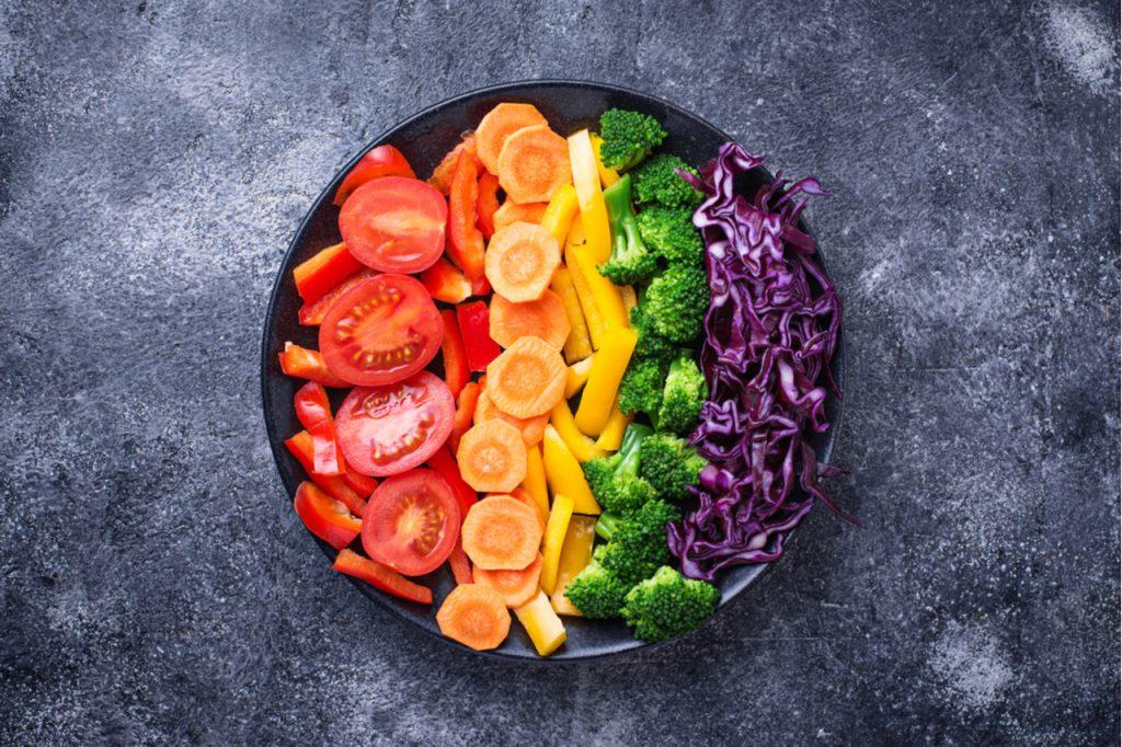 Fresh vegetarian rainbow salad for a heart healthy diet.