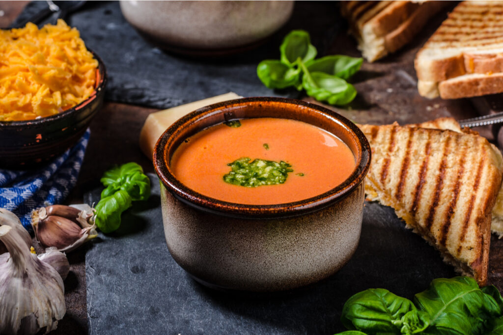 Roasted tomato soup with French toast and cheddar cheese. What are your winter dinner ideas?