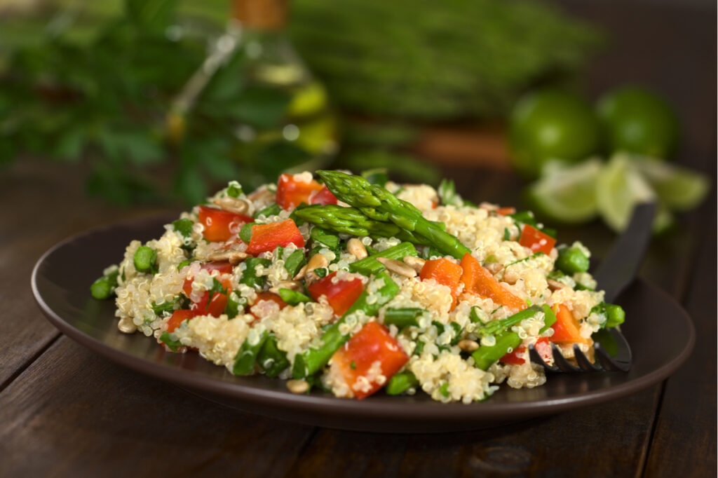 Vegetarian quinoa dish with green asparagus.